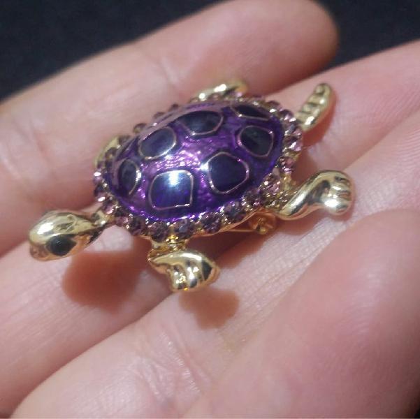 Precioso broche en forma de tortuga, nuevo.