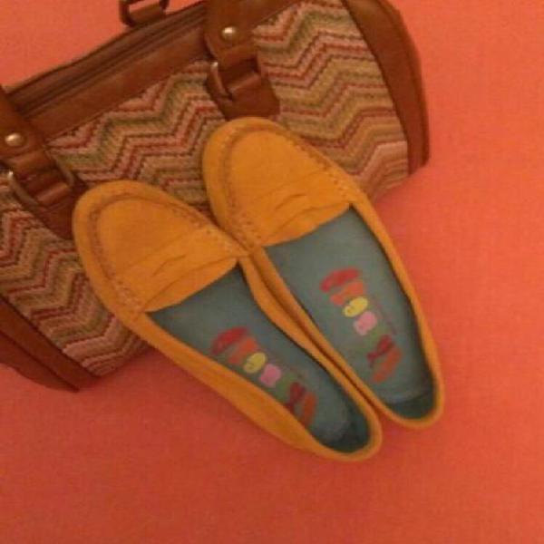 Zapatos mocasines mostaza piel de ante nuevos