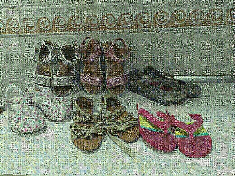 Lote calzado de verano niña 14€ t:33