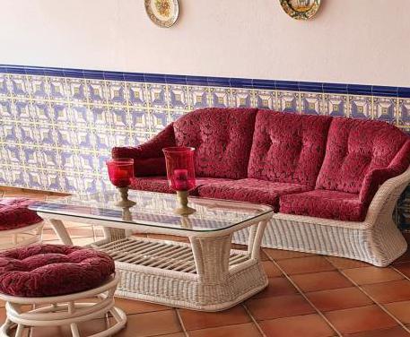 Juego de sofá y sillones