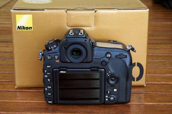 Nikon d850 en buen estado en barcelona
