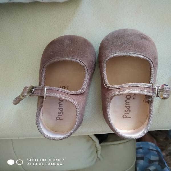 Zapatos piel niña