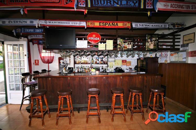 Locales comerciales con pub inglés