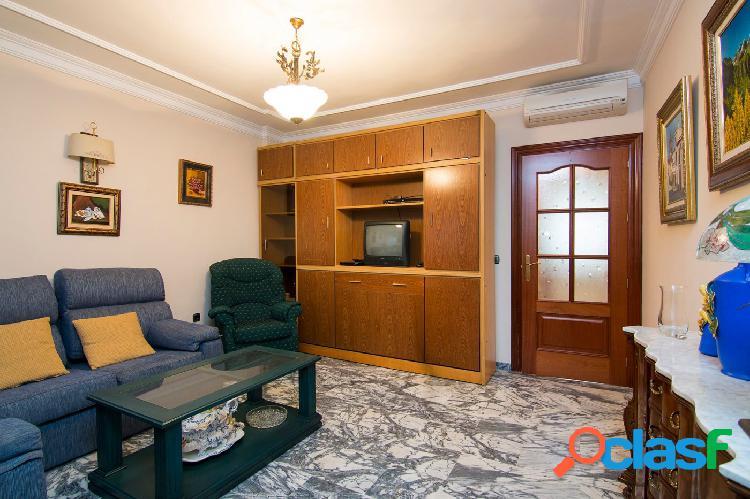 Precioso piso 2 dormitorios con garaje, junto Corte Inglés 2