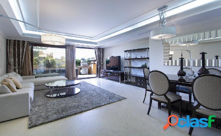 Espectacular apartamento en new golden mile, estepona, malaga
