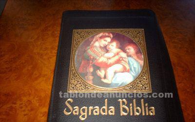 Biblia antigua encuadernacion lujo