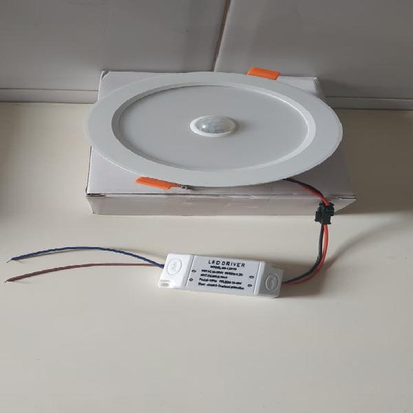Downlight plafon led con sensor movimiento