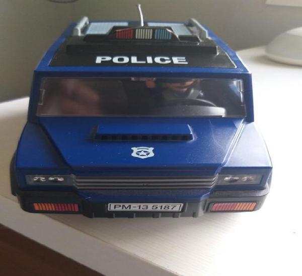 Furgón de la policía con figuras playmobil. ver fotos