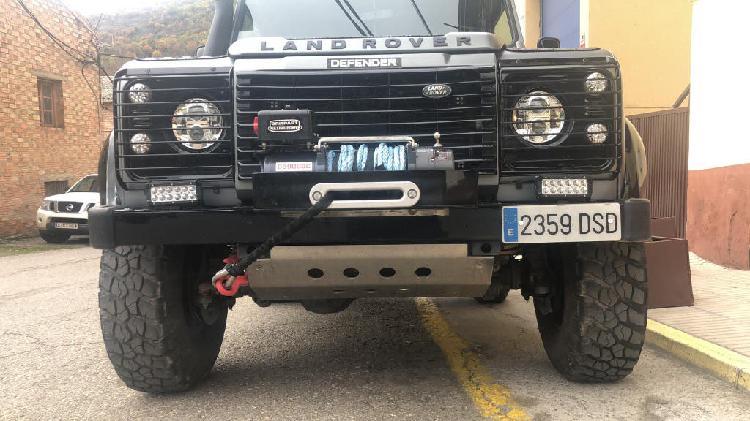 Land-rover defender 90 2.5td5 sw se