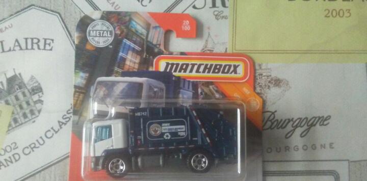 Matchbox garbage king nuevo en blister camion basura coche