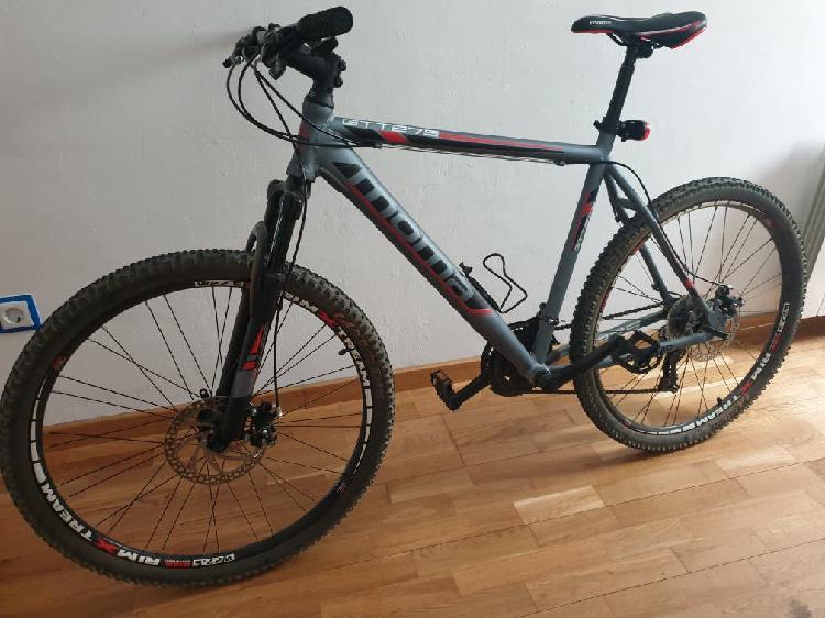 Mountain bike moma gt 27.5 talla xl