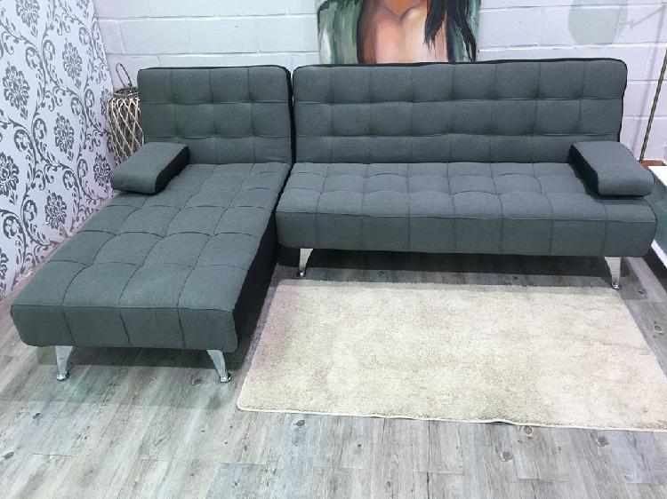 Sofa cheslon diseño moderno aroa