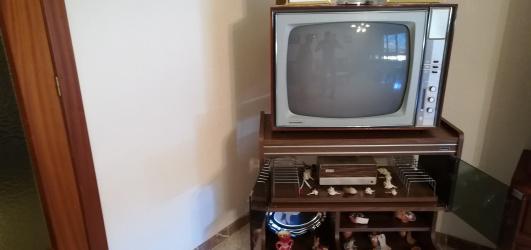 Tv antiguo año 1960