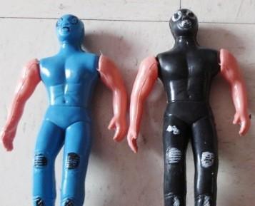 Vintage luchadores en plástico bootleg años 70s