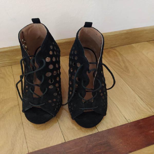 Zapatos negros 35 tacón 10 cm con plataforma
