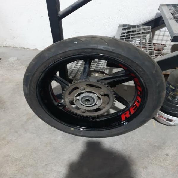 Llanta con neumático cbr 900