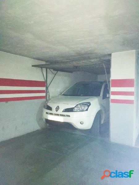 Urbis te ofrece unas fantásticas plazas de garaje en venta en zona labradores, salamanca.