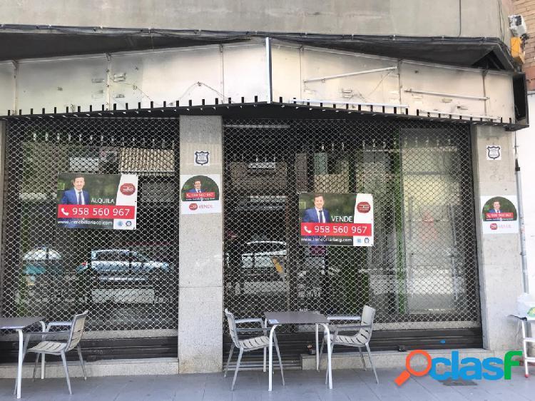 Fantástico local comercial situado en la misma calle alhamar