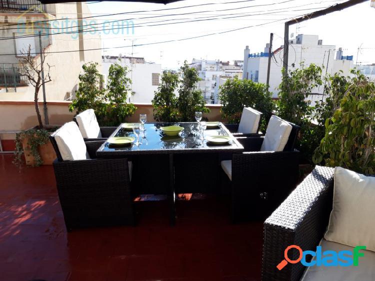 Playa de sitges san sebastián, apartamento de 3 dormitorios con licencia turística