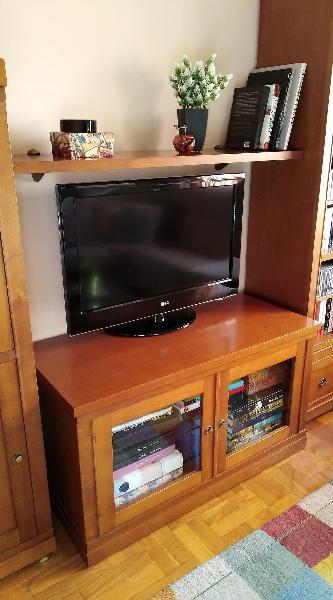 Mueble para tv y balda madera