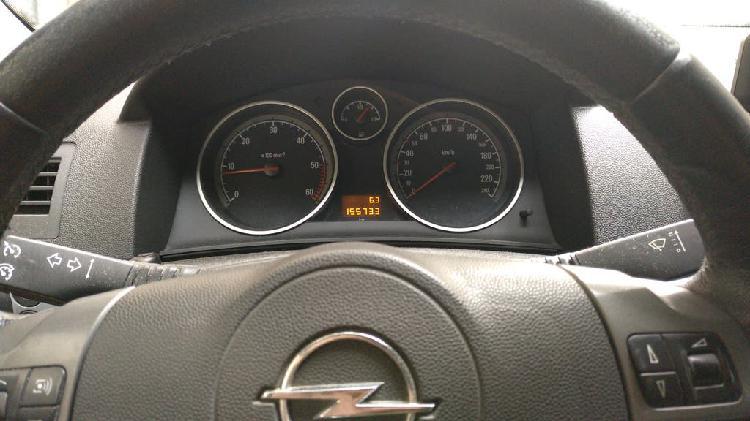 Opel astra gtc enjoy 1.9 cdti