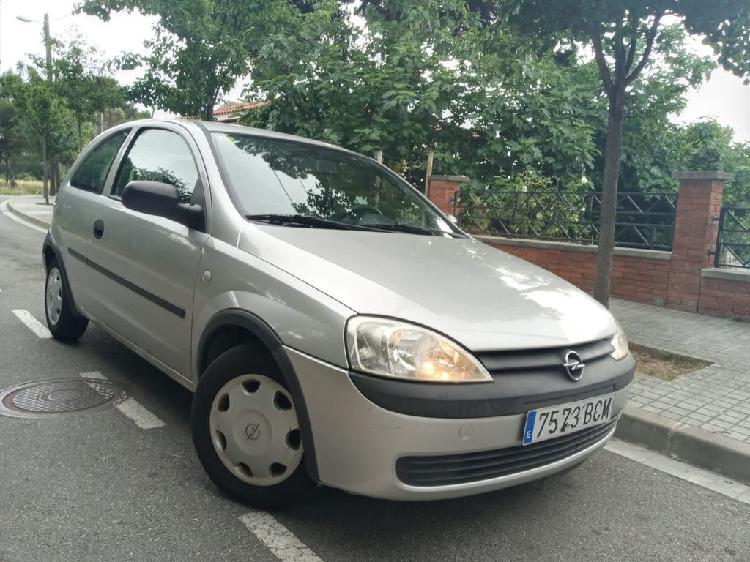 Opel corsa 1.2 gasolina del año 2000 con 64mil km reales en