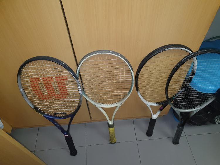 4 raquetas de tenis en perfecto estado, una marca