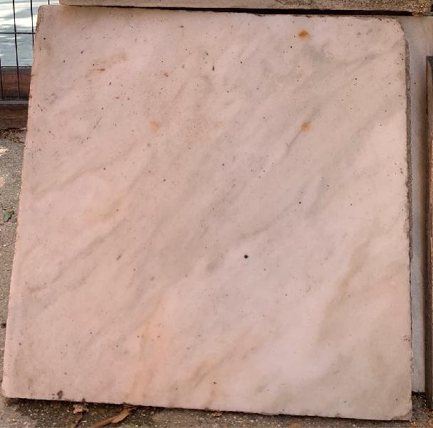 70 baldosas de mármol