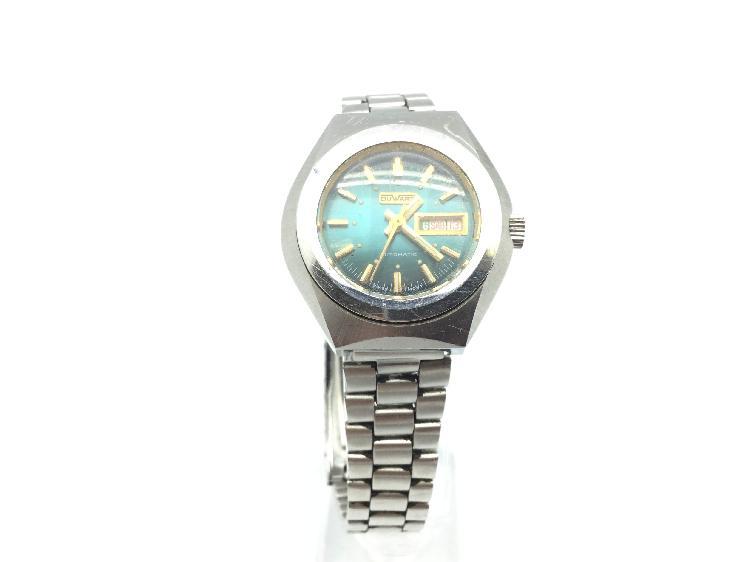 Reloj pulsera caballero duward no tiene