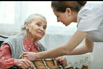 Cuidadora de ancianos/niños