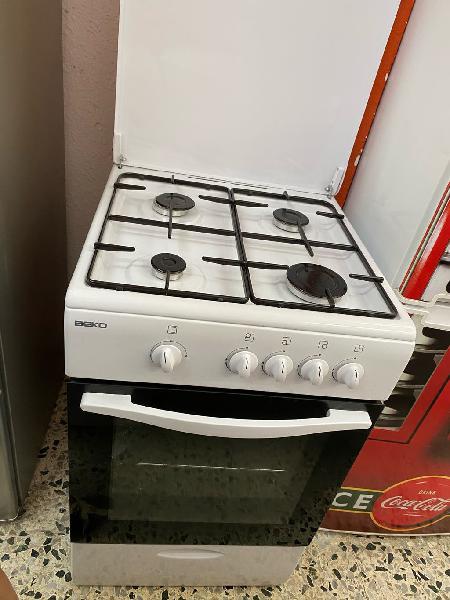 Cocina gas butano como nueva con garantía