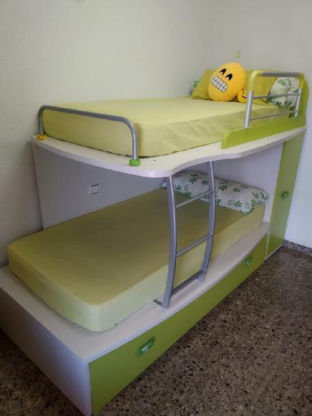 Habitación juvenil 3 camas