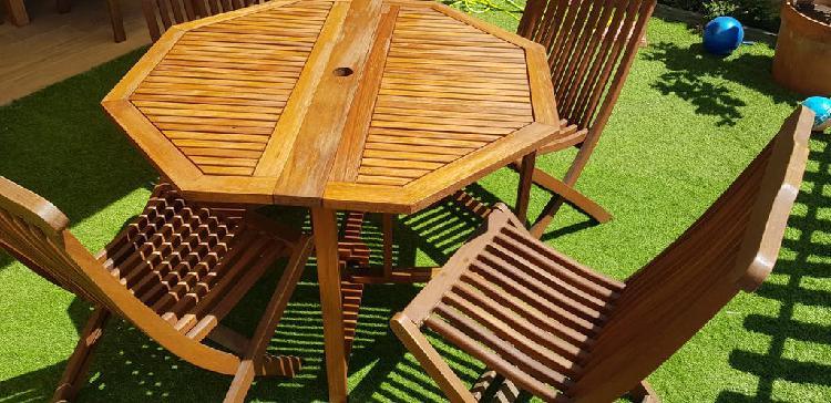 Mesa y sillas de jardín plegable