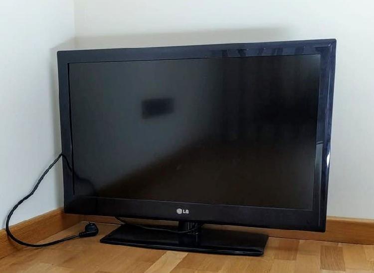 "Televisor de 32"" lg 32le3300"