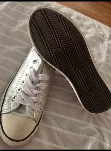 Zapatillas punta blanca