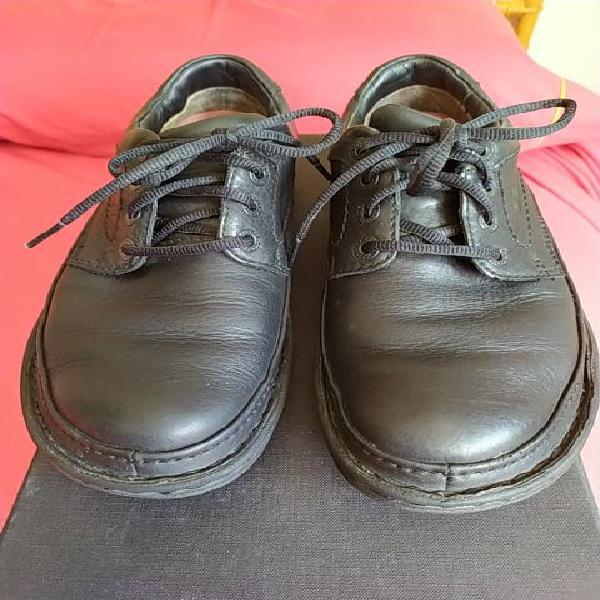 Zapatos clarks hombre goretex talla 41