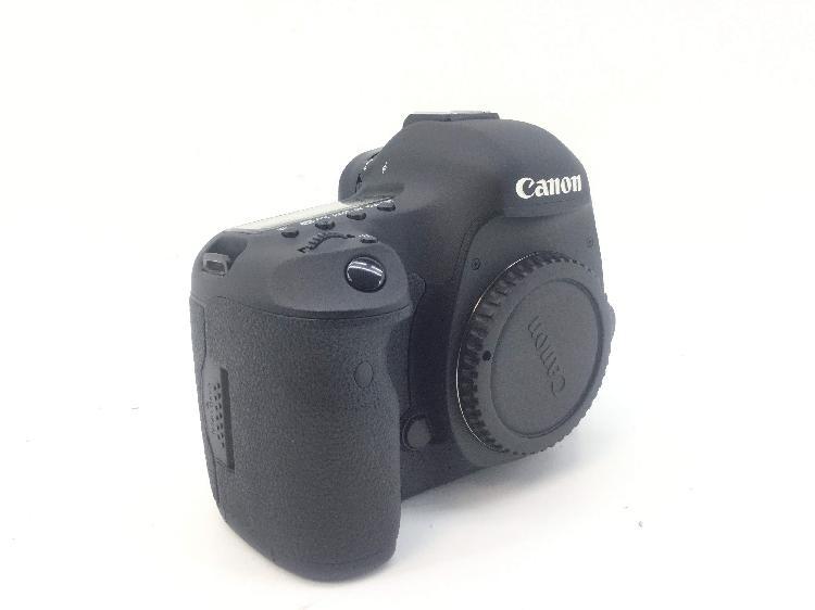 10 % camara digital reflex canon eos 5d mark iii+24-105mm