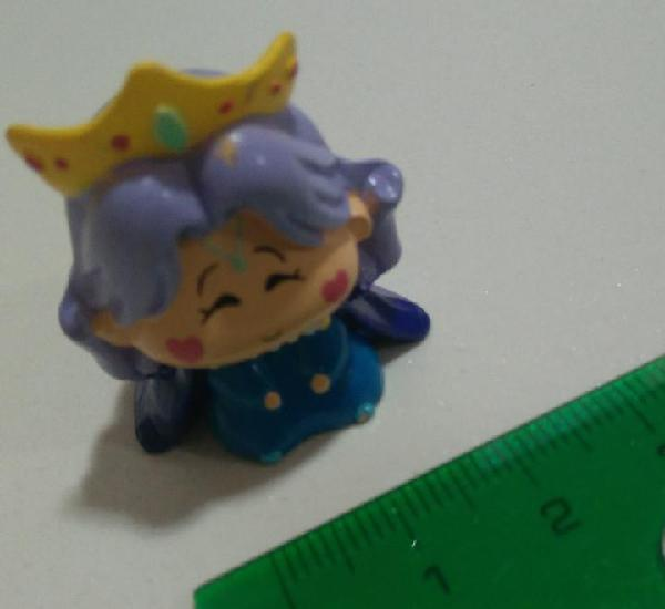 Reina saria queen figurita mirmo muñeco miniatura figura