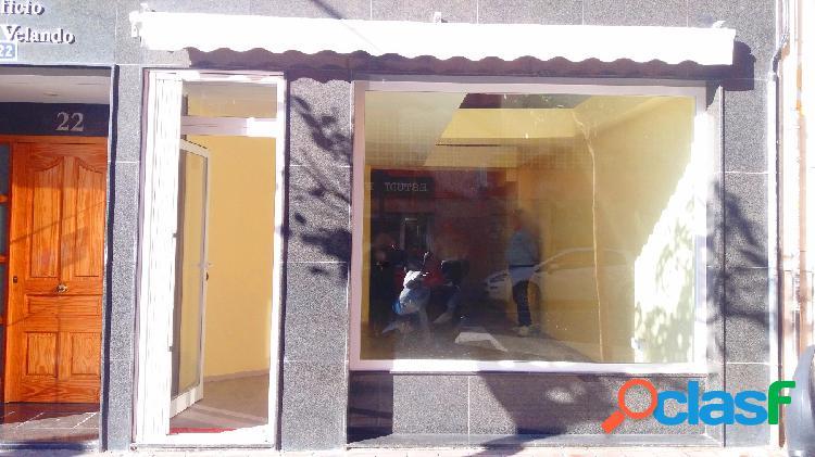 Venta local, arquitecto guardiola 22, junto a plaza navarro rodrigo!!!!