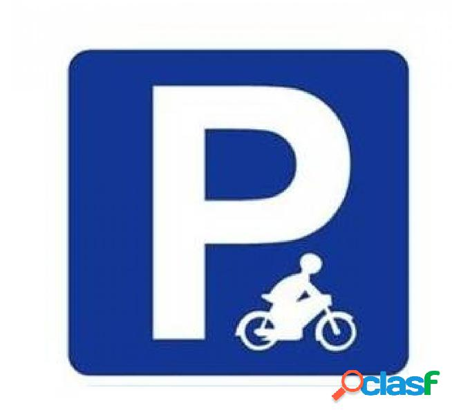 Plaza de parking en alquiler para moto