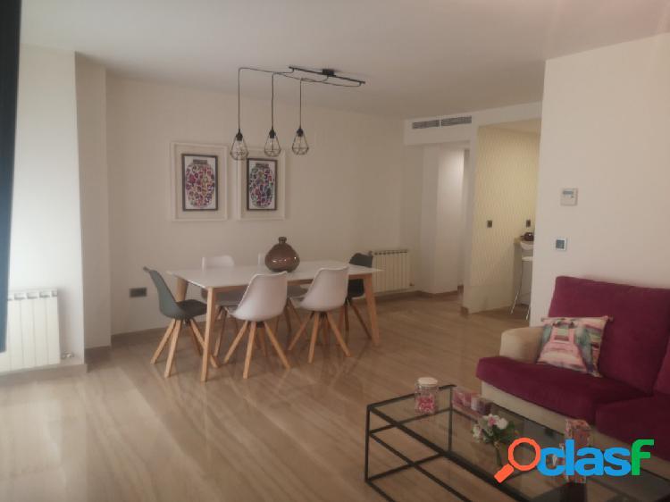 Precioso vivienda en pleno centro, c/recogidas!!!