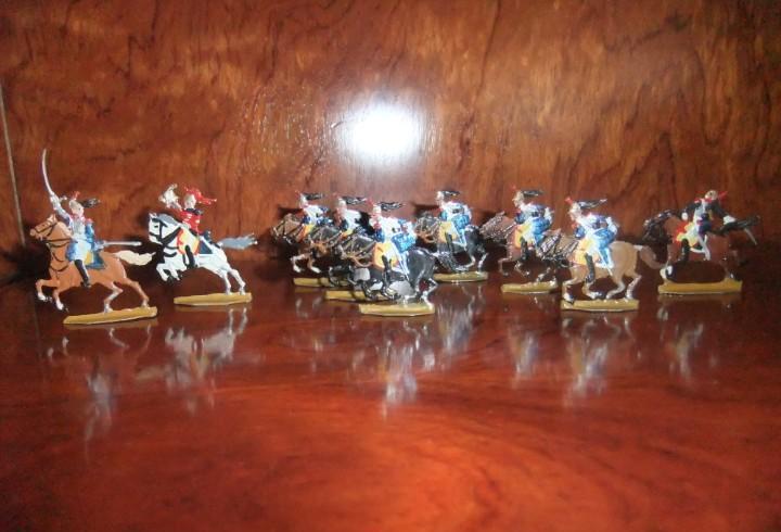 Antiguo grupo de combate de coraceros a caballo franceses