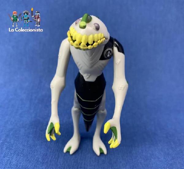 Figura ben 10 - ultimate alien - acuático - 10 cm