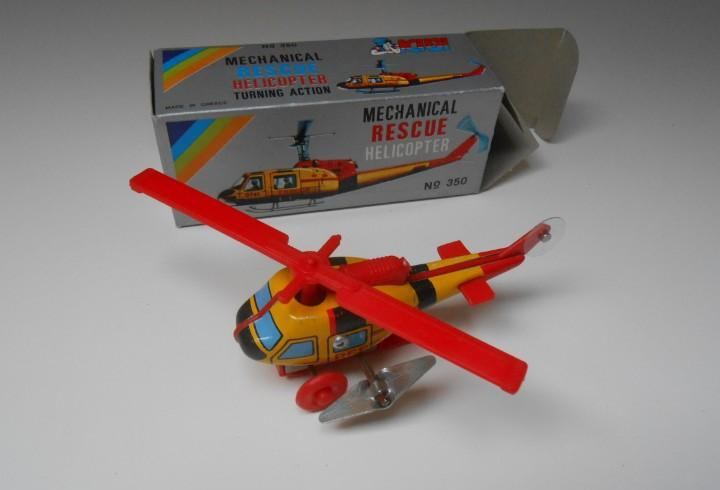 Juguete a cuerda rescue helicopter made greece greek toy