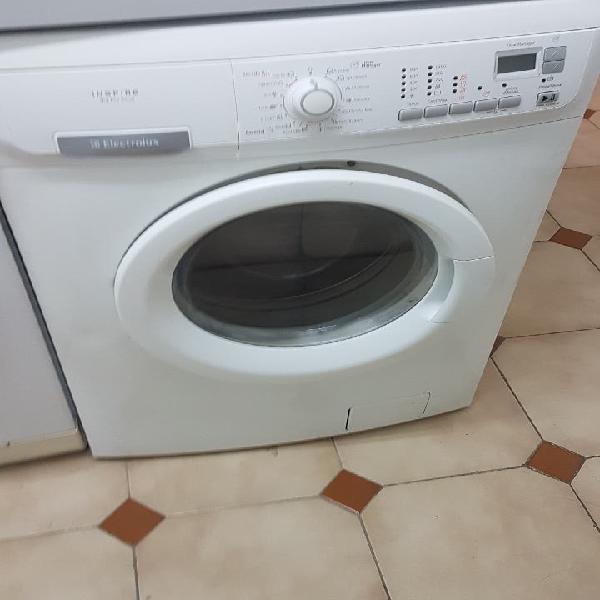Lavadora secadora electrolux