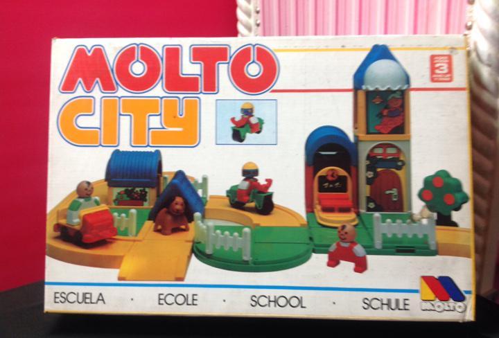 Molto city escuela