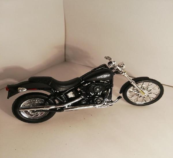 Moto harley - davidson (maqueta)