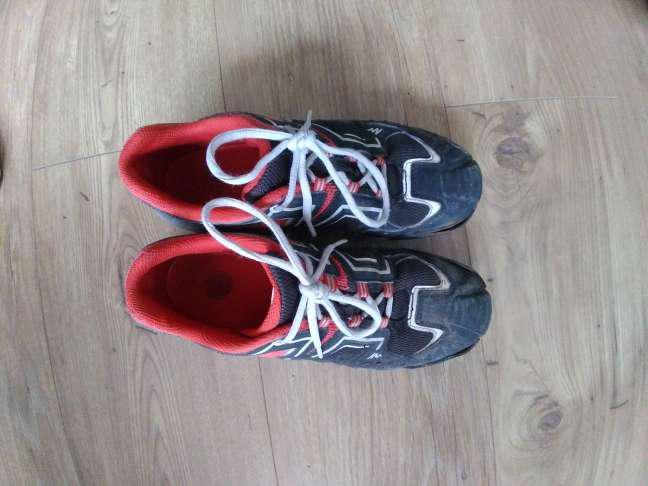 Regalo zapatillas número 37