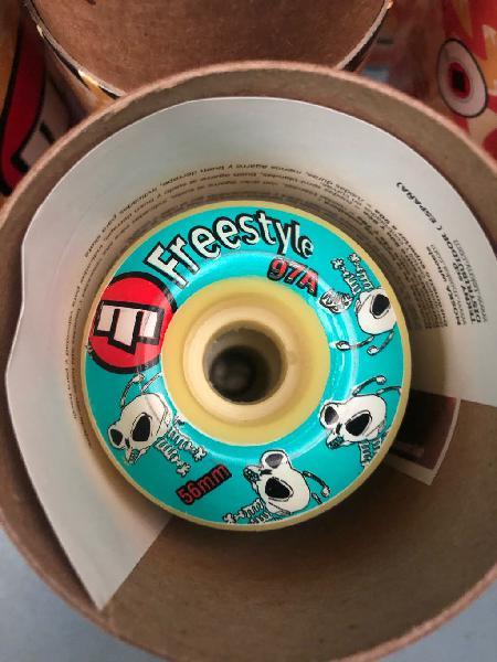 Ruedas moska freestyle 56mm 97a