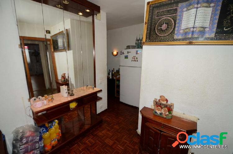 Nice apartment in figueres, for sale.